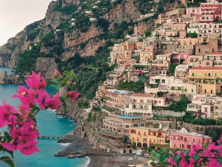 Amalfi coast  shore excursion from Naples port| Star cars luxury tours