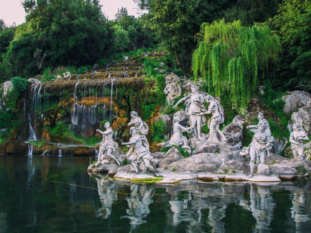 Caserta Royal Palace private tour | Star cars luxury tours